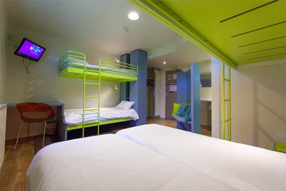 the du futuroscope hotel in poitiers france nst. Black Bedroom Furniture Sets. Home Design Ideas